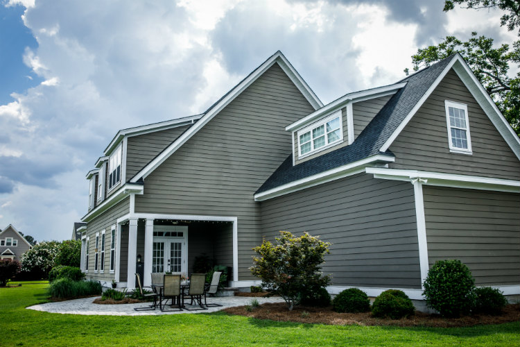 Features and Advantages of HardiePlank Lap Siding