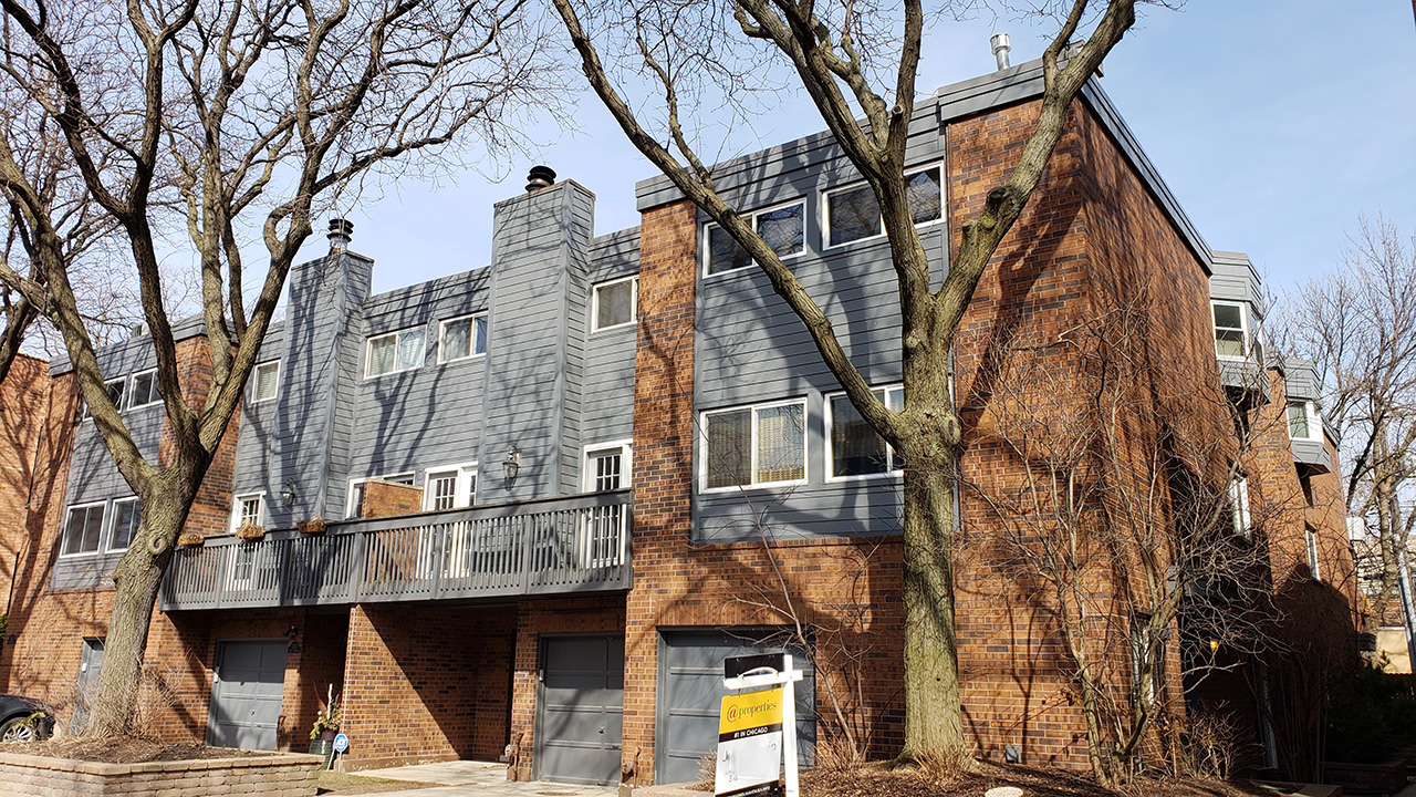 Chicago-IL-on-Magnolia-Townhouses-1