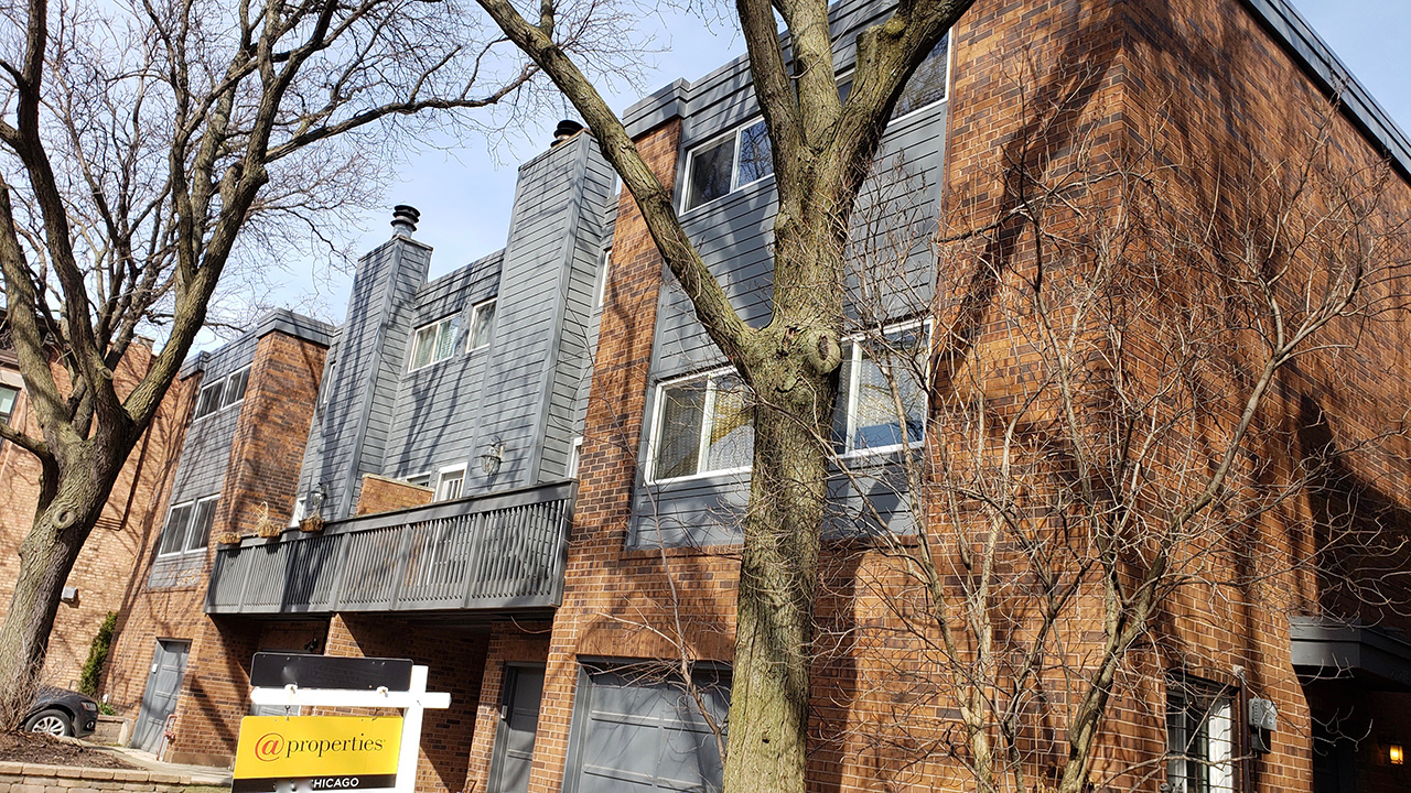 Chicago-IL-on-Magnolia-Townhouses-4