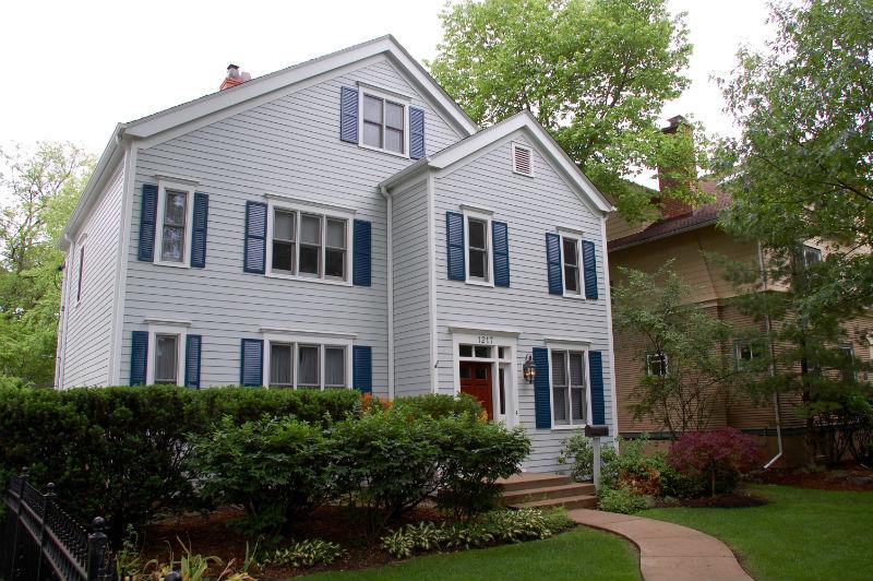 Colonial Style Home: James HardiePlank Lap Cedarmill Siding, IL