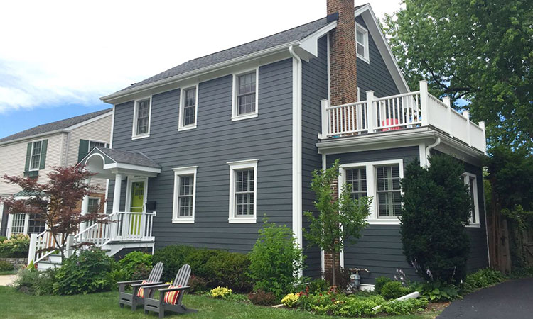 How To Choose The Right Siding For Chicagoland Weather