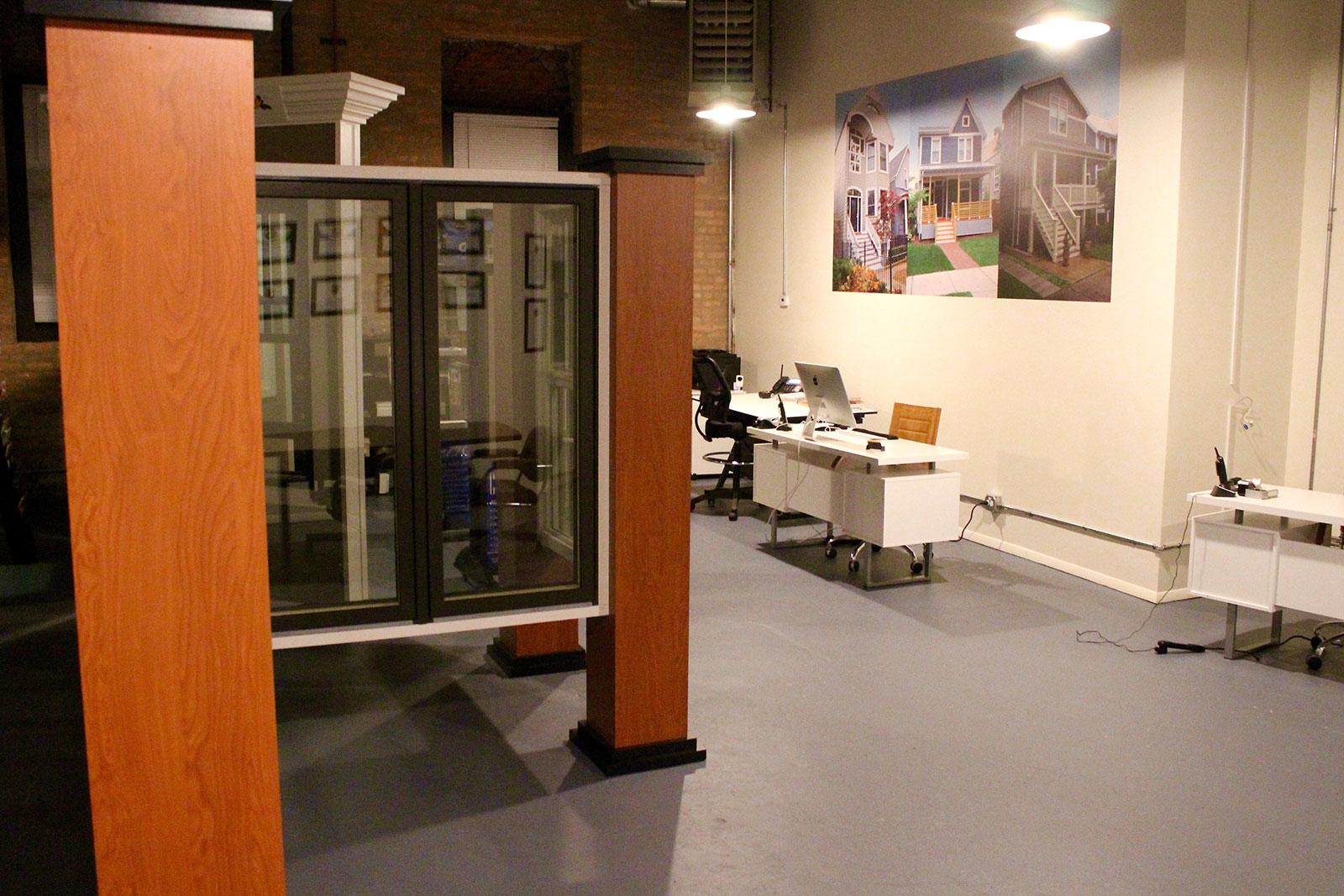 chicago-showroom-siding-windows-group-7