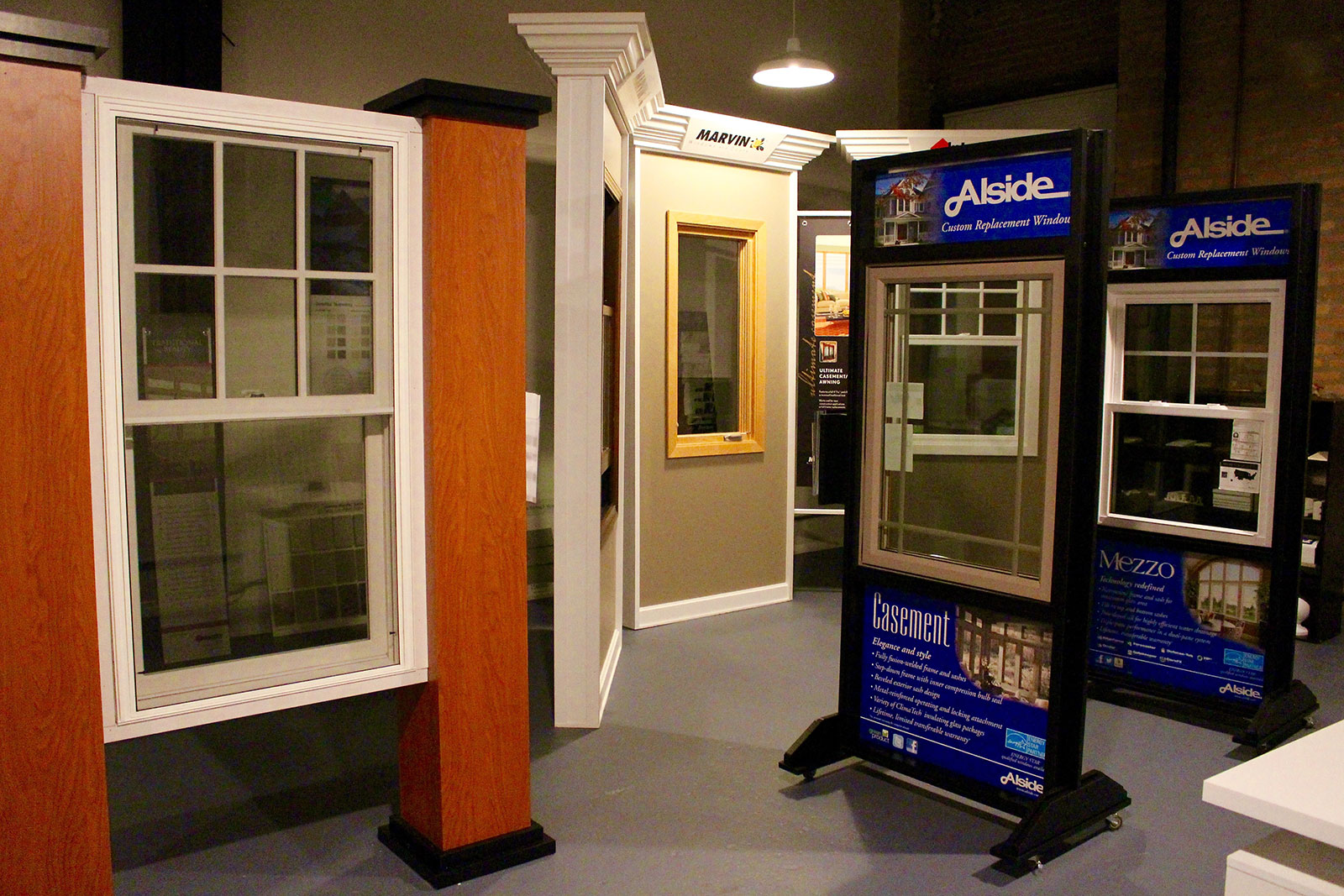 chicago-showroom-siding-windows-group-8